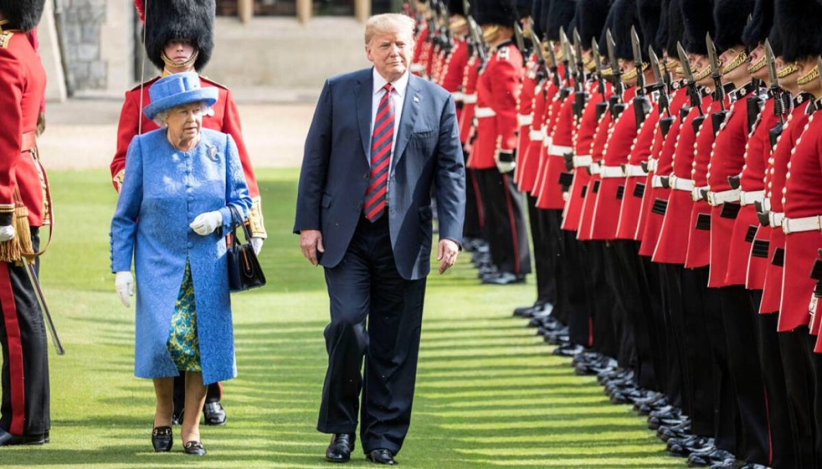 Donald Trump meets the Queen, breaks protocol by failing to bow, walking in front- video